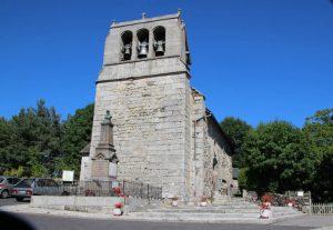 Eglise du bourg de Loubaresse
