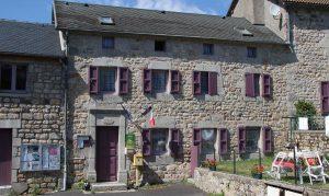 Saint-Marc mairie et gîtes